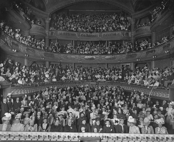 Theatrical Performance「Matinee Audience」:写真・画像(14)[壁紙.com]