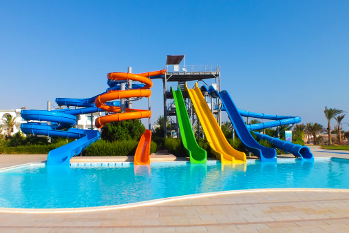 Resort Swimming Pool「Water park with colorful slides」:スマホ壁紙(11)