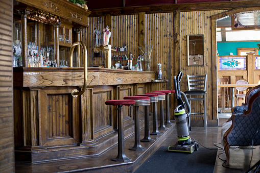 Bar - Drink Establishment「Small restaurant business establishment」:スマホ壁紙(1)