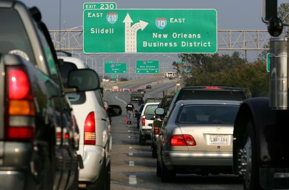 Traffic「Three Weeks After Katrina Hit, Gulf Coast Struggles With Recovery」:写真・画像(5)[壁紙.com]
