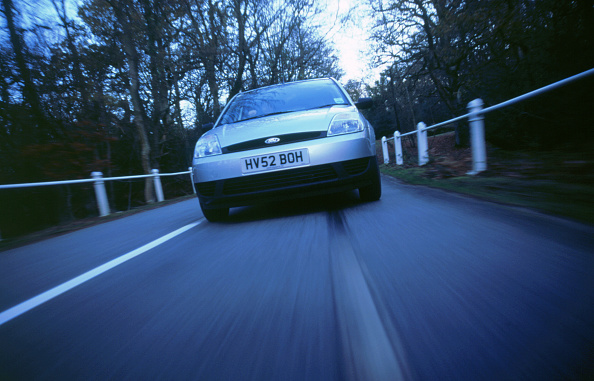 Hatchback「2002 Ford Fiesta LX」:写真・画像(13)[壁紙.com]