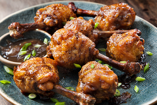 Chicken Wing「Honey Garlic Lollipop Chicken Wings with Carrots, Celery and Ranch Dip」:スマホ壁紙(17)
