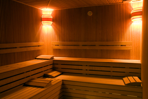 Weekend Activities「Vacant benches of wooden sauna, Turkey, Istanbul, Beykoz」:スマホ壁紙(13)