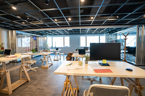 Corporate Business「The hub of creativity and success」:スマホ壁紙(16)