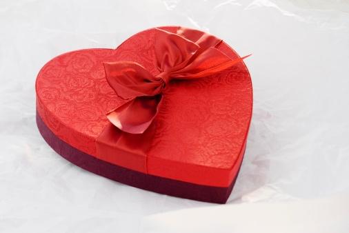 Love - Emotion「Heart shaped box of chocolates」:スマホ壁紙(16)