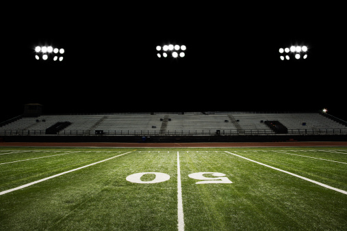 Floodlight「Football Field at Night」:スマホ壁紙(19)