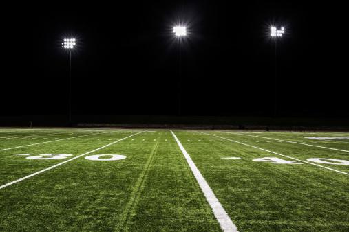 Floodlight「Football Field at Night」:スマホ壁紙(17)