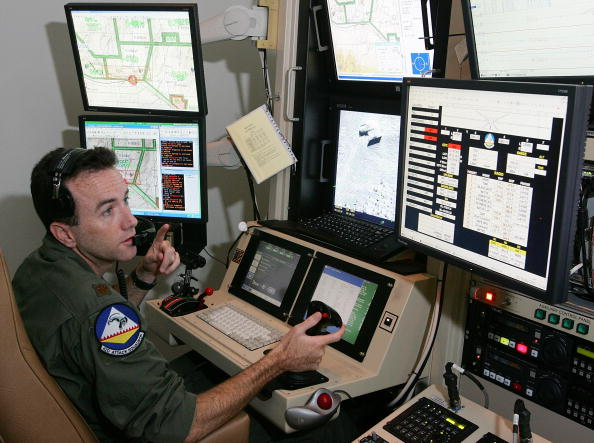 Air Force「Reaper Aircraft Flies Without Pilot From Creech AFB」:写真・画像(15)[壁紙.com]