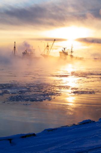 Hokkaido「Shibetsu fishing port at dawn, Hokkaido Prefecture, Japan」:スマホ壁紙(12)
