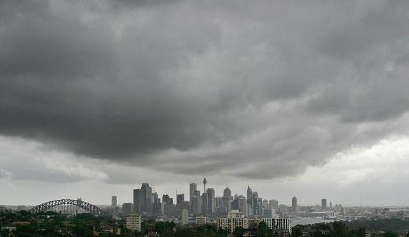 Sky「Rain Clouds Loom Over Sydney skyline」:写真・画像(11)[壁紙.com]