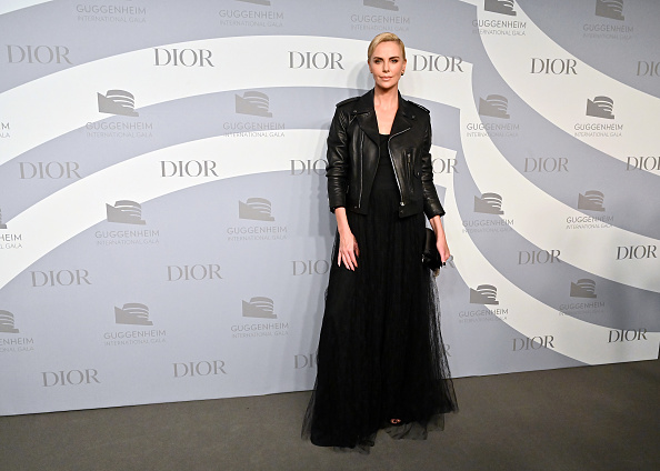 Clutch Bag「2019 Guggenheim International Gala」:写真・画像(0)[壁紙.com]