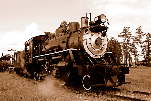 British Columbia「Sepia  steam locomotive, Fort Steele Heritage Town,British Columbia,Canada.」:スマホ壁紙(19)