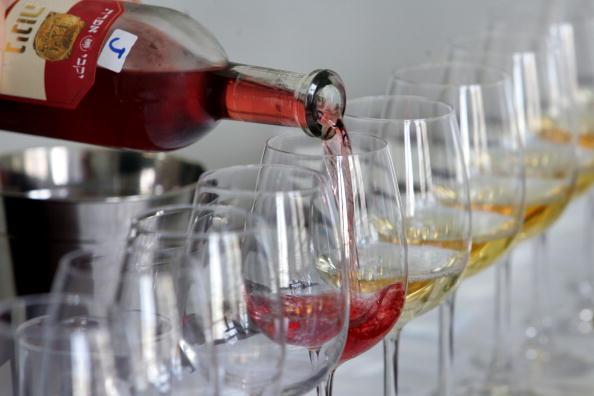 Red Wine「The Annual Wine Competition Tastings In Tel Aviv」:写真・画像(1)[壁紙.com]