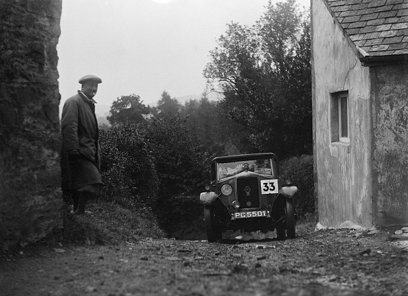 P「1929 Riley saloon of AP Squire competing in the JCC Lynton Trial, 1932」:写真・画像(15)[壁紙.com]