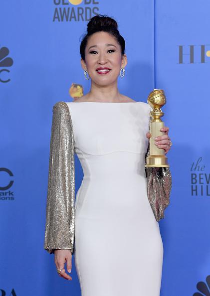 Golden Globe Award trophy「76th Annual Golden Globe Awards - Press Room」:写真・画像(19)[壁紙.com]