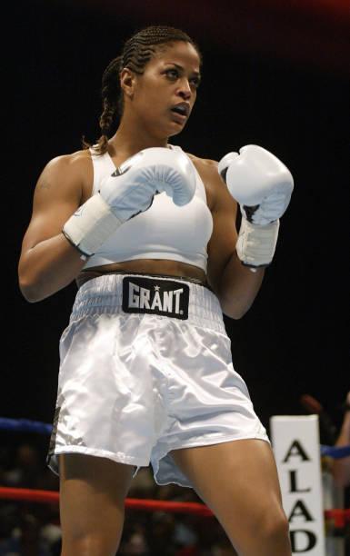 Ali Vs. Taylor Boxing In Las Vegas:ニュース(壁紙.com)