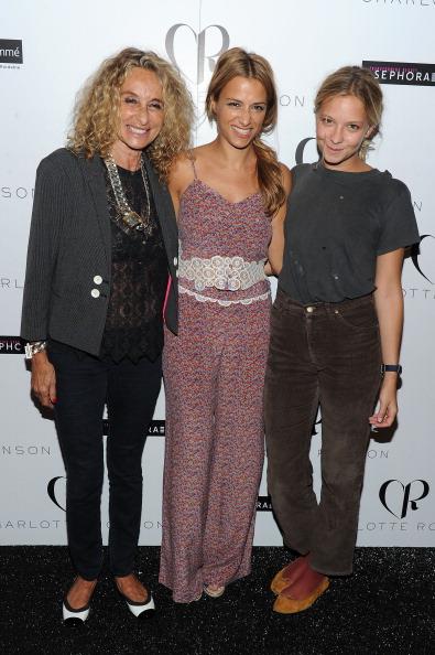 Annabelle Dexter-Jones「Charlotte Ronson - Backstage - Spring 2012 Mercedes-Benz Fashion Week」:写真・画像(19)[壁紙.com]