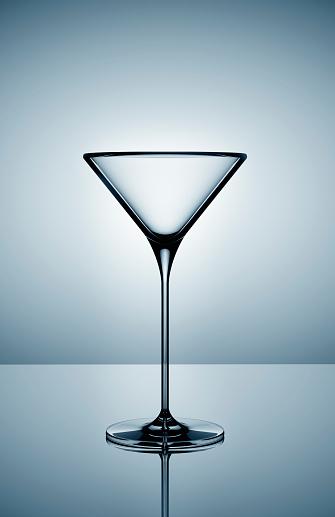 Martini「Empty martini glass on gray background」:スマホ壁紙(7)