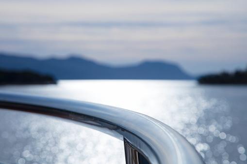 Cruise - Vacation「Railing of cruise ship MS Romantic Star (Reisebuero Mittelthurgau) and coastline, near Korcula, Dubrovnik-Neretva, Croatia」:スマホ壁紙(19)