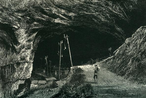 Mountain Peak「The Peak Cavern」:写真・画像(4)[壁紙.com]
