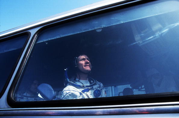 Bus「MIR Space Station」:写真・画像(4)[壁紙.com]