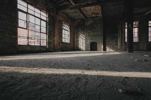 打ち捨てられた「an abandoned warehouses」:スマホ壁紙(6)