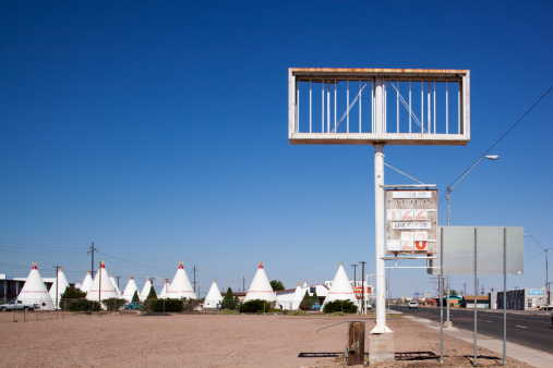Motel Sign「Wigwam Motel, Holbrook, Arizona」:スマホ壁紙(15)