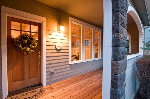 Front Door「Evening glow of the front porch」:スマホ壁紙(6)