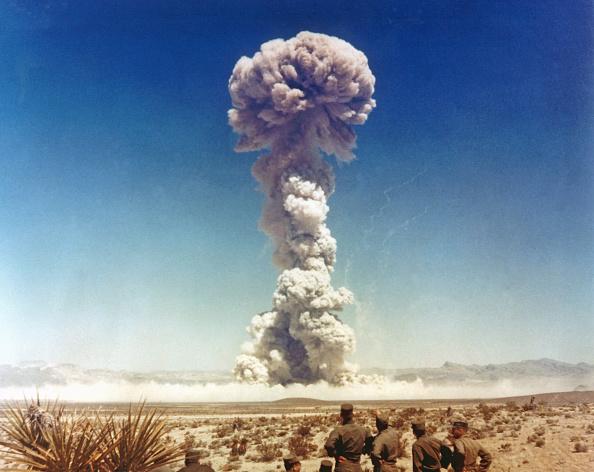 Exploding「Nuclear Test USA - Badger」:写真・画像(2)[壁紙.com]