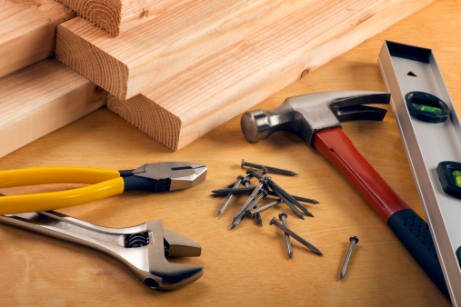 Carpentry「Construction Equipment on Wood」:スマホ壁紙(9)