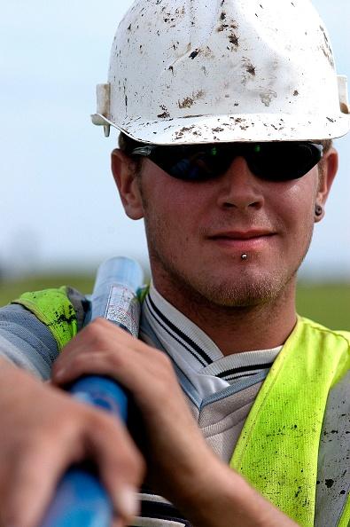 Hardhat「Construction worker, Terminal 5, Heathrow Airport Construction, London, UK」:写真・画像(0)[壁紙.com]