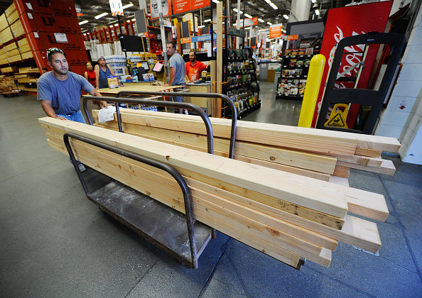 Timber「Home Depot's Net Income Increases 6.8 Percent」:写真・画像(0)[壁紙.com]