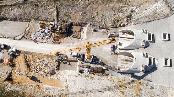 Construction Vehicle「Construction site of railway tunnel」:スマホ壁紙(15)