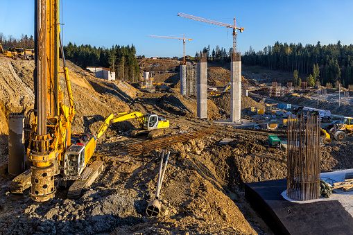 Construction Vehicle「Construction of the viaduct on the new S7 highway, Luban, Poland」:スマホ壁紙(19)