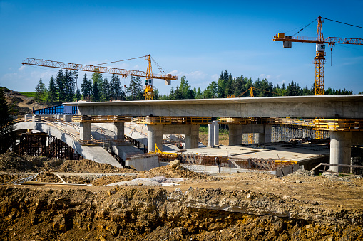 Construction Vehicle「Construction of the viaduct on the new S7 highway, Skomielna Biala, Poland」:スマホ壁紙(9)