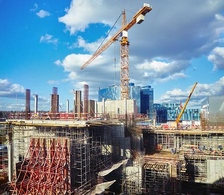 Metallic「Construction sit,e crane, blue cloudy sky」:スマホ壁紙(17)