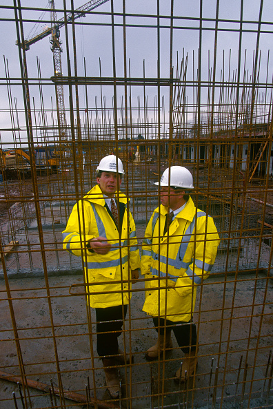 2002「Construction..........」:写真・画像(4)[壁紙.com]