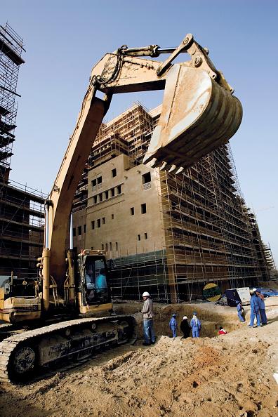 Construction Vehicle「Construction at the Festival City at Al Garhoud, Dubai, United Arab Emirates, December 2006.」:写真・画像(14)[壁紙.com]