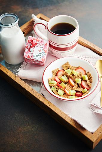 Kiwi「Mother's Day themed breakfast」:スマホ壁紙(13)