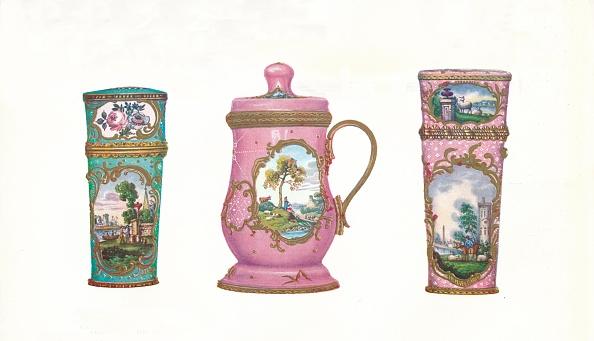 White Background「'Battersea Enamels In The James Ward Usher Collection', 1911」:写真・画像(2)[壁紙.com]