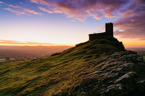St「Dawn At The Church Of St. Michael de Rupe, Dartmoor」:スマホ壁紙(6)