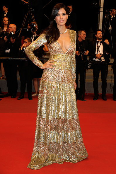 "Gold Dress「""Happy End"" Red Carpet Arrivals - The 70th Annual Cannes Film Festival」:写真・画像(19)[壁紙.com]"
