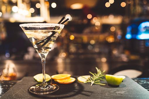 Bar Counter「Stylish martini」:スマホ壁紙(7)