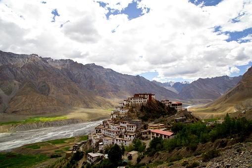Himalayas「Key monastery and Himalayan mountain」:スマホ壁紙(8)