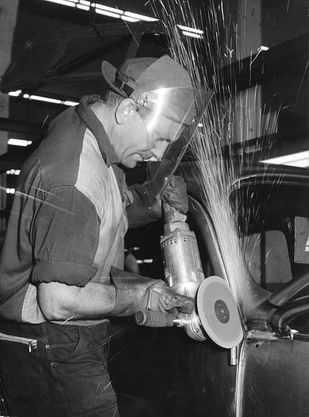 Sharpening「VW Plant 1962」:写真・画像(1)[壁紙.com]