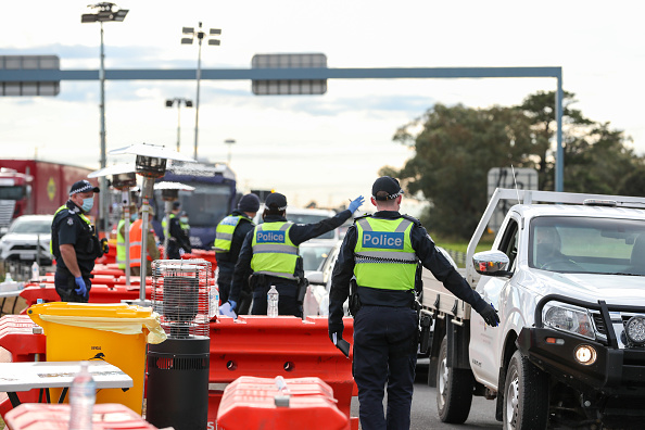 Traffic「COVID-19 Testing Increases In Geelong As Victoria Works To Contain Community Transmission」:写真・画像(19)[壁紙.com]