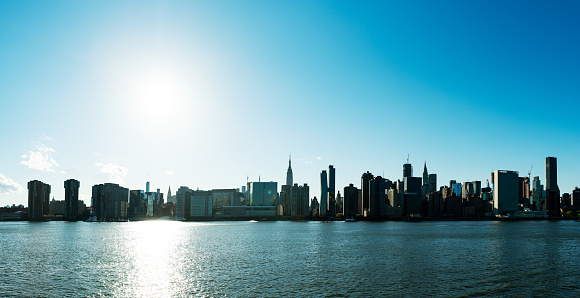 Cityscape「View of Midtown Manhattan and Empire States Building across the East River from Brooklyn」:スマホ壁紙(1)