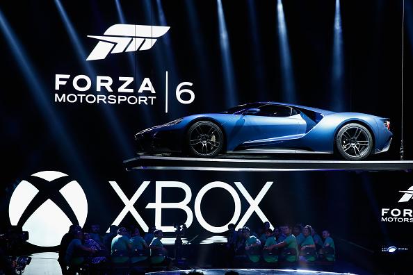 フォード・GT「Microsoft Debuts New Products For Its XBox Gaming Unit」:写真・画像(15)[壁紙.com]