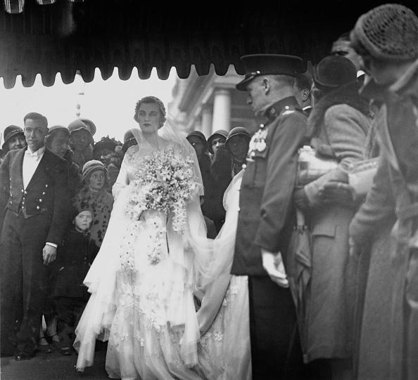 Adult「Margaret Whigham's Wedding Day」:写真・画像(9)[壁紙.com]