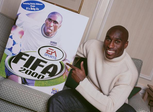 Soccer Player「Sol Campbell」:写真・画像(15)[壁紙.com]